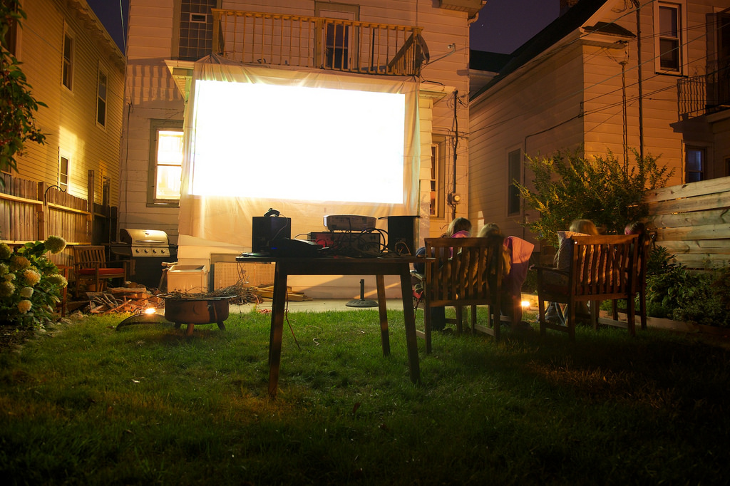 How To Use A Garage Door As A Movie Screen Ponderosa