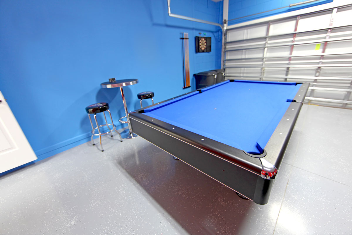 Garage Man Cave With Pool Table : Convert your garage into a man cave ponderosa
